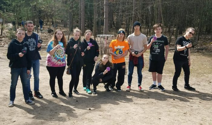 Belding's new disc golf club attracts 32 students, seeks to be a sanctioned sport