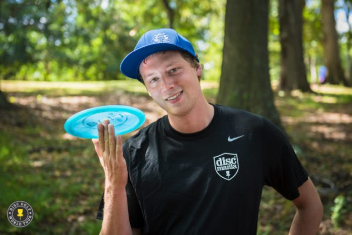 A Casual Sunday On The Course With Simon Lizotte